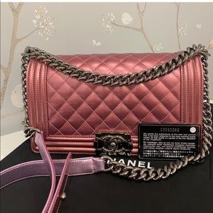 Chanel le boy medium